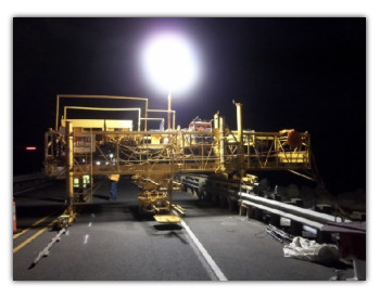 Moonglo Work Light machine mount balloon lighting system is ideal for nighttime construction